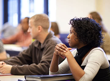 Kellogg students learning in the part-time MBA classroom